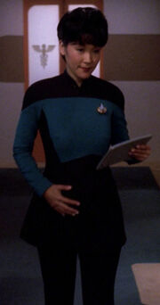 Starfleet maternity uniform, 2370