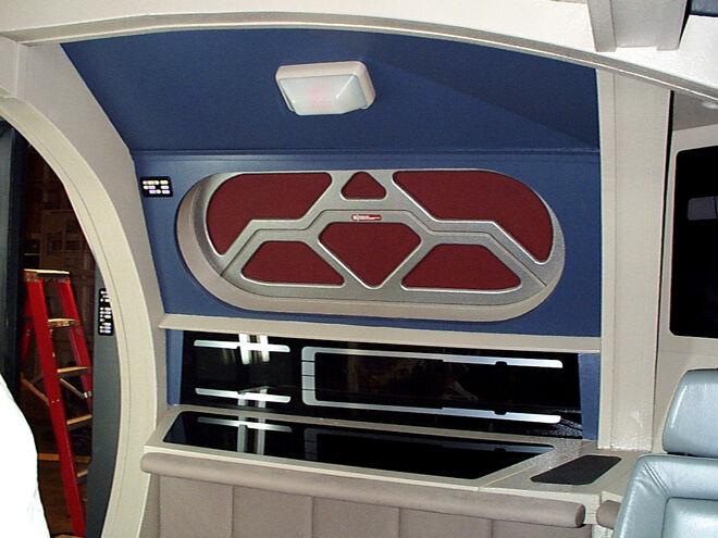 Cockpit des Runabout Sets - Seitenschot an Backbord