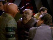 Quark ärgert sich über Morn
