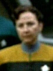 Besatzungsmitglied der USS Voyager bei Verabschiedung der Enaraner