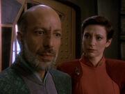 Yarka warnt Sisko vor Cardassianern