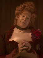 Annie Meyers mit Datas Gesicht 2369