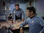 Spock spielt gegen den Computer
