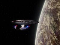 Enterprise-D im Orbit von Melona IV