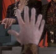 Kolos six fingers