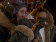 O'Brien und Bashir trinken auf Clive