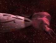 Voyager im Kampf mit dem fremden Wesen