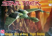AMT Model kit 6339 Klingon Bird of Prey Flight Display 1997