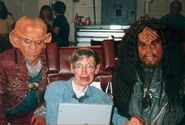 Stephen Hawking on the DS9 set