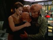Ferengi family hug