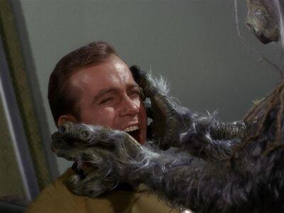 Kirk und das M-113-Wesen