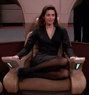 Vash in Picard's chair