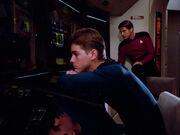Fähnrich Wissenschaft USS Enterprise-D 2364 erwacht aus der Bewusstlosigkeit