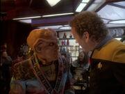 Quark ist wegen der Klingonen beunruhigt