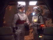 Chakotay und Seven finden das Shuttle