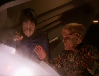 Hanok and Quark work together to defuse a Jem'Hadar torpedo