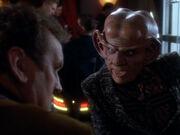 Quark erkundigt sich über die Paradas
