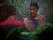 Sisko und Hudson unterhalten sich