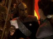 Worf und Dax sprechen über das Gedicht