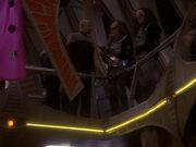 Martok wird nach Deep Space 9 versetzt