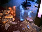 Energiesignaturen weichen aus Resten der Steintafel
