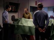 McCoy findet die Todesursache