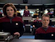 Die Voyager-Crew erfährt dass Icheb eine Biowaffe ist