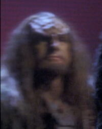 Klingoński członek rady-2151-002-0001 ENT S01E01-02