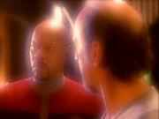 Akorem Laa geschickt für Sisko