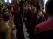 Sisko streitet mit Vedek Winn