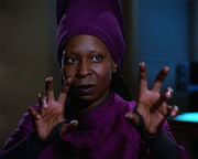 Guinan reacting on Q