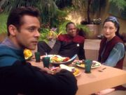 Sisko und Bashir auf Meridian