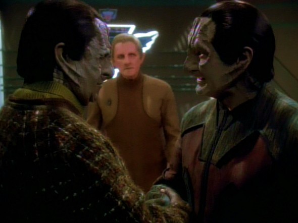 Tain and garak.jpg