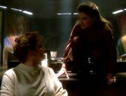 Janeway und ihre Führerin