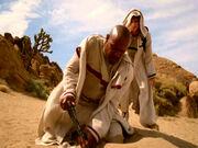 Sisko gräbt wo Dax den Ball wirft
