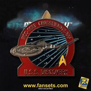 Eaglemoss Fansets USS Discovery pin packaged