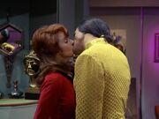 Khan und McGivers Kuss