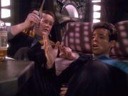 O'Brien und Bashir betrunken