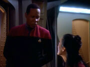 Sisko versucht Keiko zu beruhigen