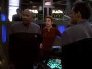 Sisko berichtet vom Besuch des Dominions