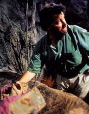 Jonathan Frakes with reptohumanoid puppet