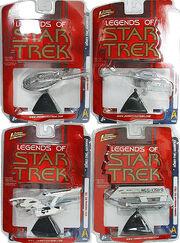 Johnny Lightning S5 White Lightning ships
