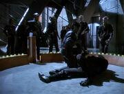 Martok fights Jem'Hadar soldier