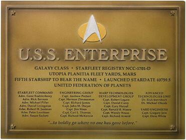 Eaglemoss USS Enterprise-D dedication plaque gift premium