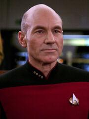 Hologramm von Jean-Luc Picard 2366 auf der Brücke
