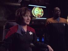 Dala gibt sich als Janeway aus