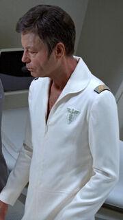 McCoy auf der Krankenstation
