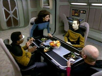 Timescape - Picard, Data et Geordi figés