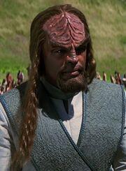 Worf mit verstärktem Haarwachstum