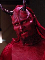 Ardra als Teufel